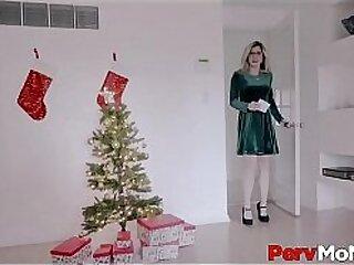 d. Big Tits MILF Stepmom Gives Her Horny Stepson The Best Family Christmas Present Ever POV