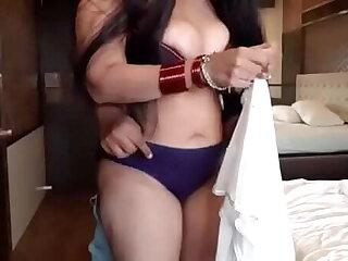 Indian prostitute in Hotel